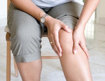 Kako da se oslobodite bola u kolenu – 6 jednostavnih nacina da zaustavite bol