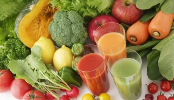 Prirodni sveži domaći sokovi od povrća korisni za zdravlje