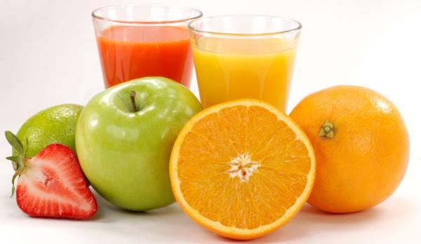 Prirodni osvežavajući domaći sokovi od voća (recepti)